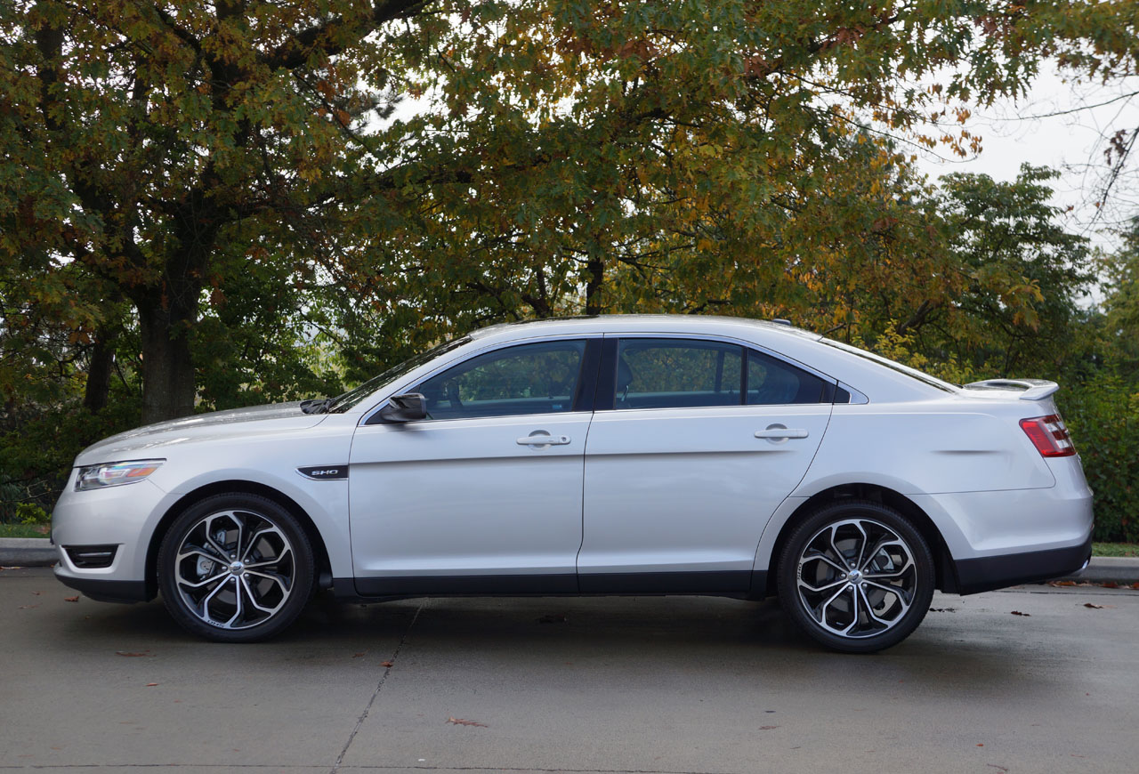 2014 ford taurus sho road test review the car magazine. Black Bedroom Furniture Sets. Home Design Ideas