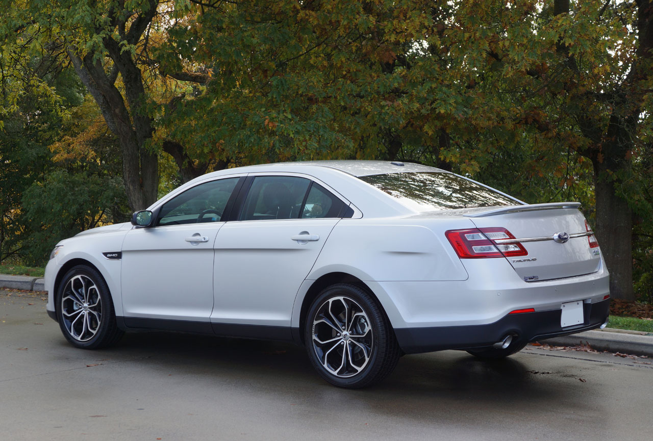 2014 ford taurus sho road test review