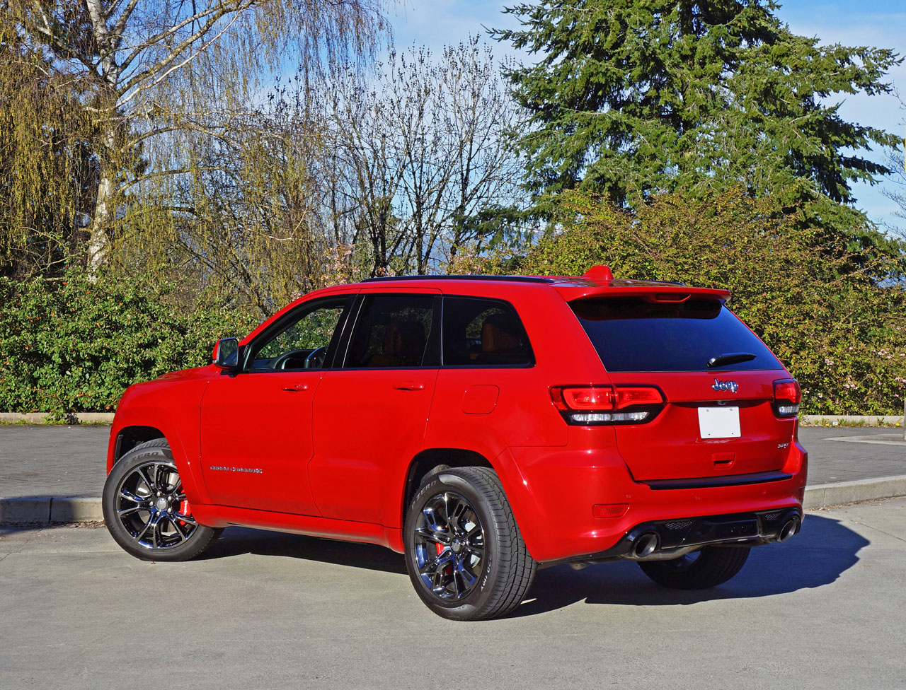 2016 jeep grand cherokee srt road test review the car magazine. Black Bedroom Furniture Sets. Home Design Ideas