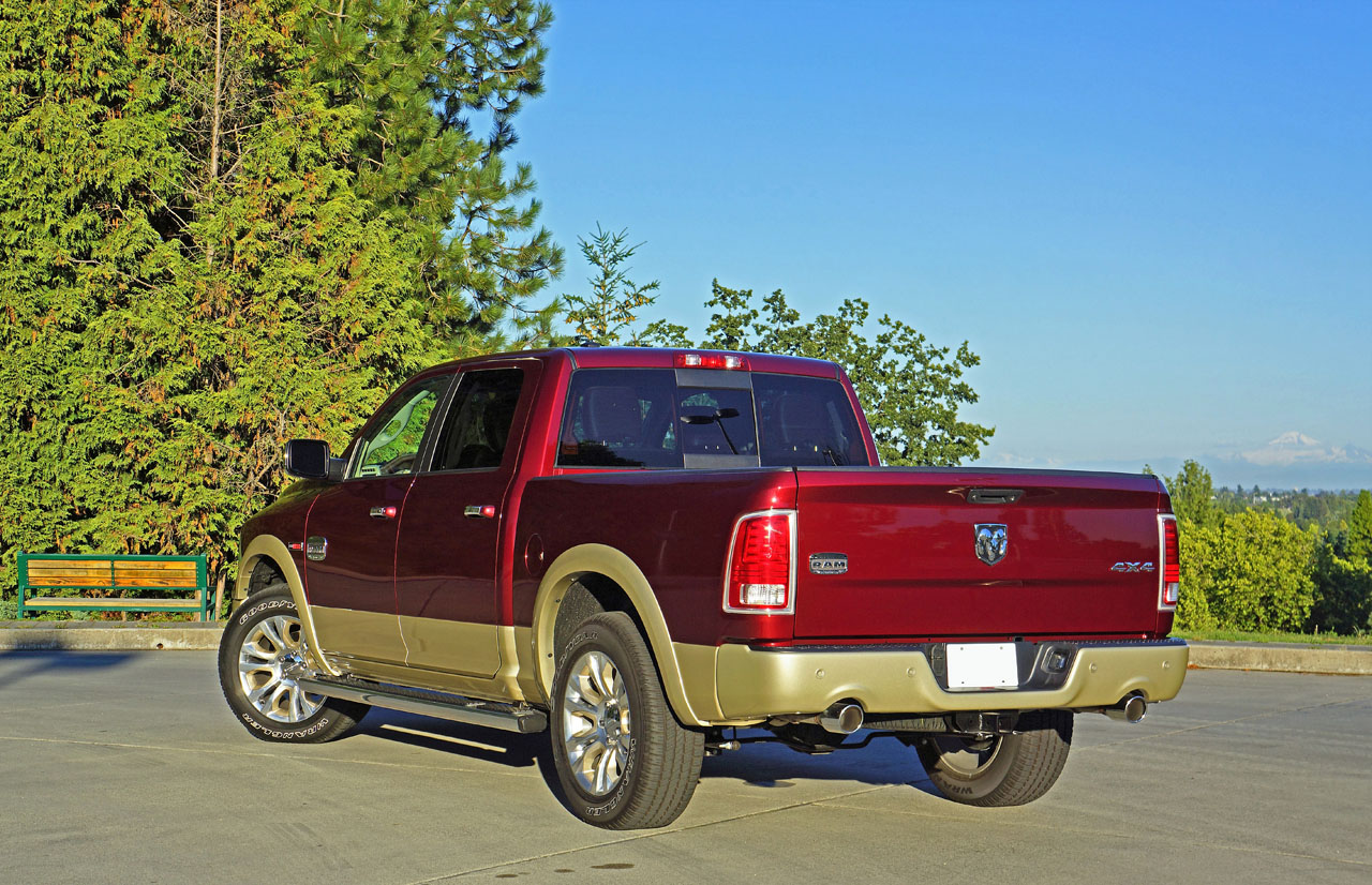 2016 ram 1500 ecodiesel laramie longhorn crew cab 4 4 road. Black Bedroom Furniture Sets. Home Design Ideas