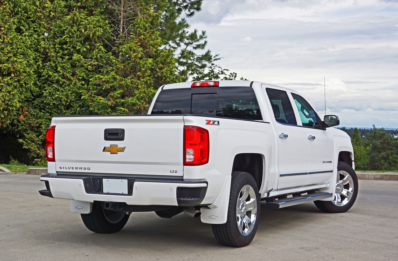 2016 chevrolet silverado 1500 crew cab short box 4wd ltz z71 road test review the car magazine. Black Bedroom Furniture Sets. Home Design Ideas