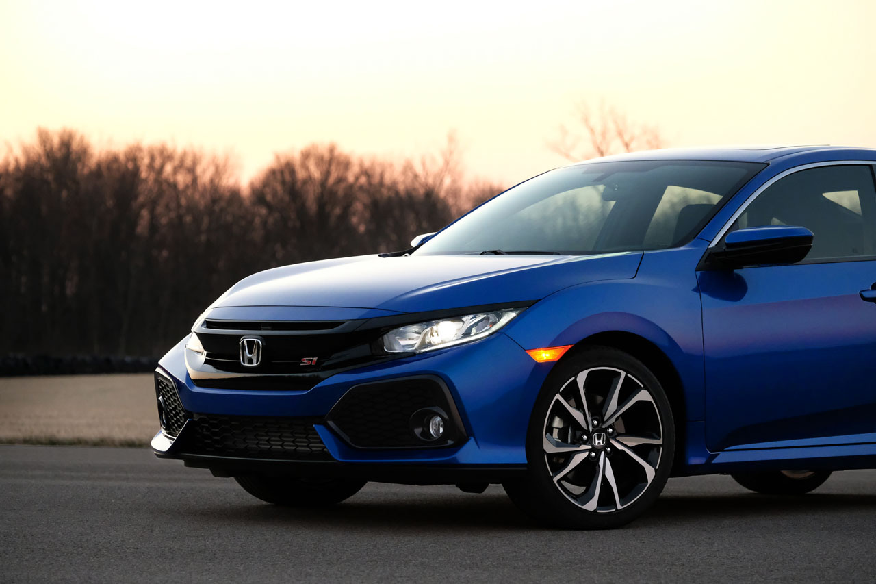 all new honda civic si coupe and sedan on sale today the. Black Bedroom Furniture Sets. Home Design Ideas