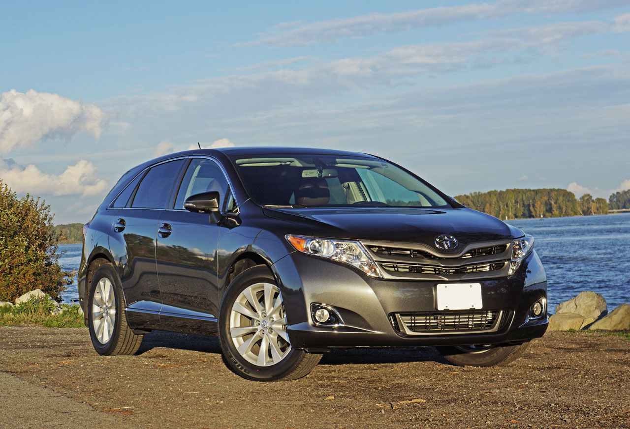 2016 Toyota Venza AWD XLE Redwood Edition Road Test Review ... |Toyota Venza Awd