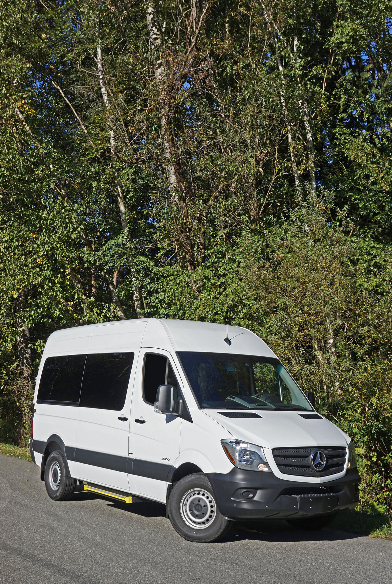 2016 Mercedes Benz Sprinter 2500 Passenger Van Road Test Review Toyota Shows The Iroad A Fullyenclosed Tilting Electric Three 76