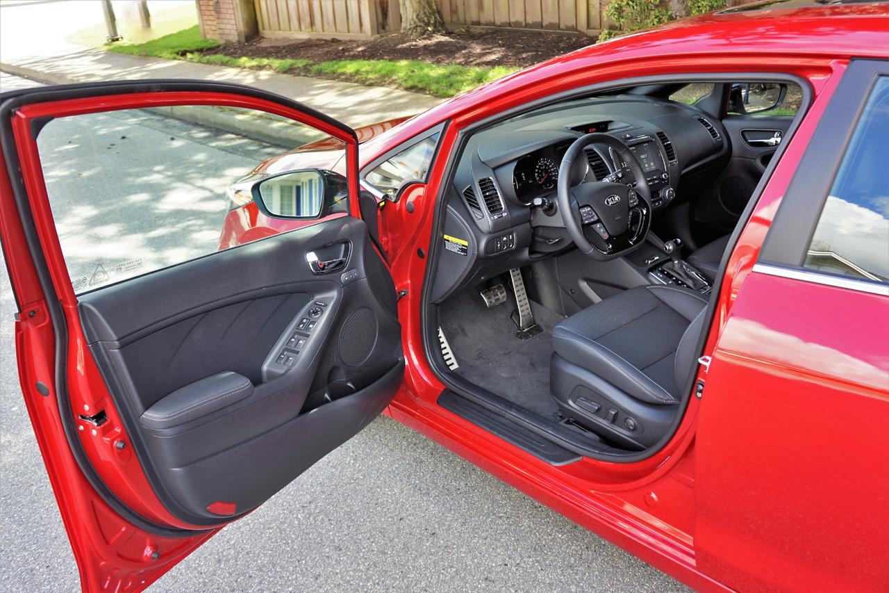 2017 Kia Forte5 Sx 7